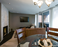 Serviced apartments in Georgetown - Dining table